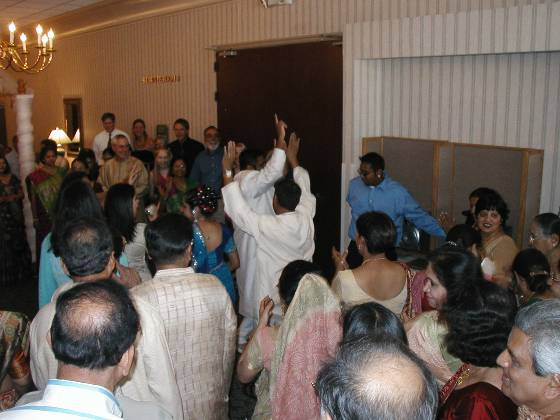 Jaan dancing as it enters the hotel