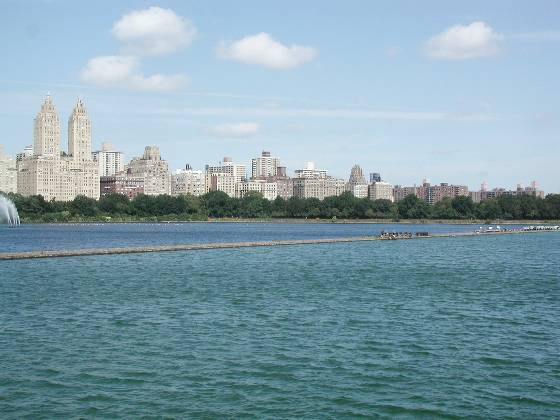 Central Park (Reservoir, facing northwest)