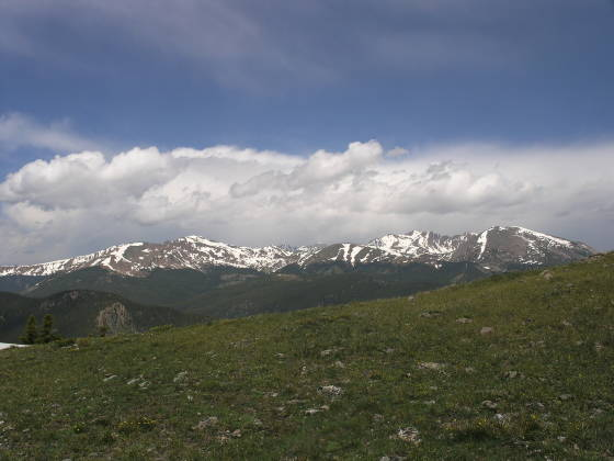 Another glimpse to the north over alpine tundra
