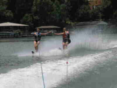 Julie and Jay waterskiing together