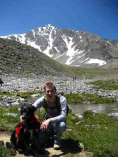 Frisbee and Danny, with Torreys in the background