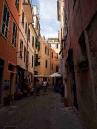 The tight streets of Italy