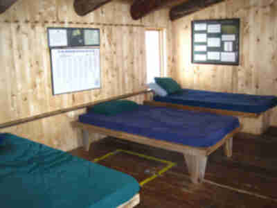 The single beds in the main living space